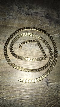 Golden chain necklace  3154 km