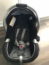Graco snugride car seat and base Vaughan, L4L 8E2