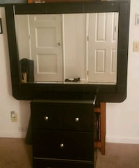 Night stand and mirror  Eugene, 97402
