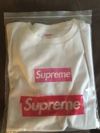 SUPREME PINK ON WHITE BOX LOGO TEE (Large) Pickering, L1V 3W4