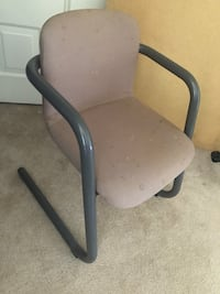 Sturdy chair free! Has some stains needs cleaning Falls Church, 22043