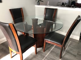 Dining set 54 inches