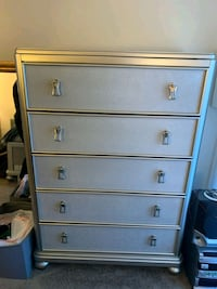 Platinum Finish Flip Top Chest
