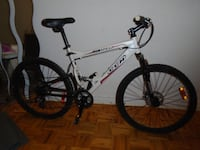 Like NEW - Full Suspension Bike w/ dual disc brakes - Reduced Toronto, M6H 3Z5