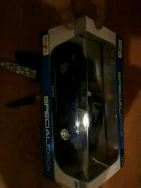 black and blue and Diecast collectible car Endicott, 13760