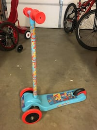 toddler's blue and red kick scooter Surrey, V4N 5Y4