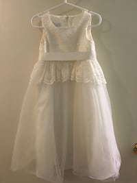 2T - flower girl dress Broussard, 70518