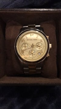 Michael Kors female used two tone watch Shamong, 08088