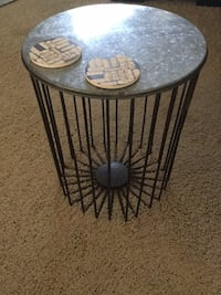 set of 4 steal end tables Lake Elsinore, 92530