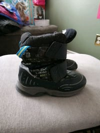 Boys boots size 11...used