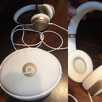 white and black Beats by Dr Monroe, 06468