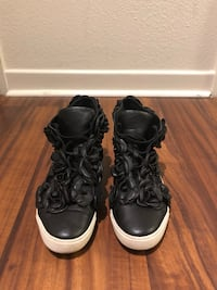 Women's Chanel Camellia High-Top Sneaker Los Angeles, 91601