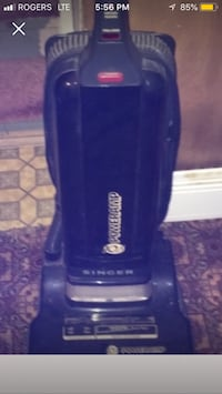 blue and white Bissell upright vacuum cleaner Mississauga, L5B 3E2