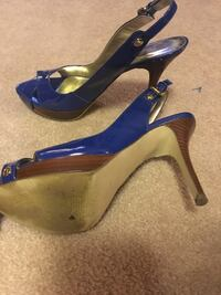 Royal Blue Guess Heels size 7 1/2 $20 obo Milwaukee, 53217
