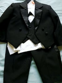 Todder clothes. 3pc suit. Halloween Toronto, M9C
