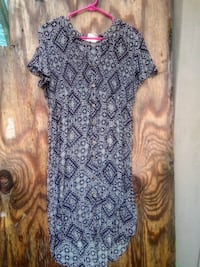 Knox Rose Dress Size Medium