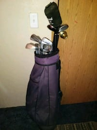 black and purple golf bag with golf clubs Roachdale, 46172