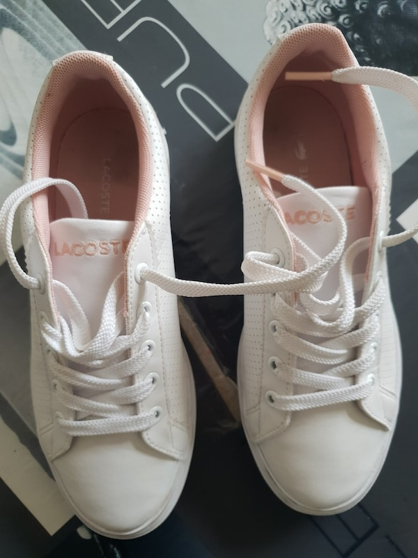 Chaussure Lacoste fille