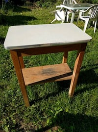 Side table or Workshop table Brunswick, 21716