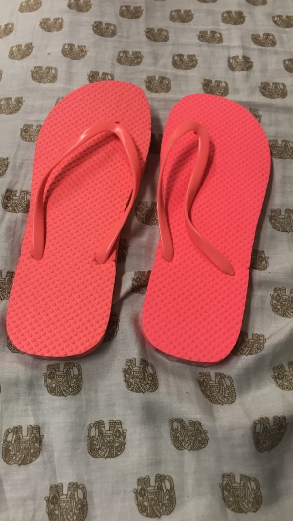 373d665ea094 Used pair of red flip flops for sale in Carrollton - letgo