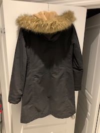 Ladies Jacket from Aritzia Vaughan, L6A