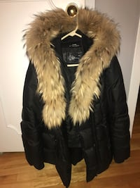 Mackage jacket for women size large Laval, H7W 2J4