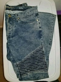 River island Jean's size 31x32 Cambridge, N3C 4N2