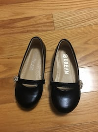 Brand new shoes for baby girl size 24 (7) Vaughan, L4J 9H7