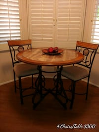 4 chair and table. 300 or best offer Las Vegas, 89117