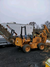 Case 660 cummins powered trenches backhoe