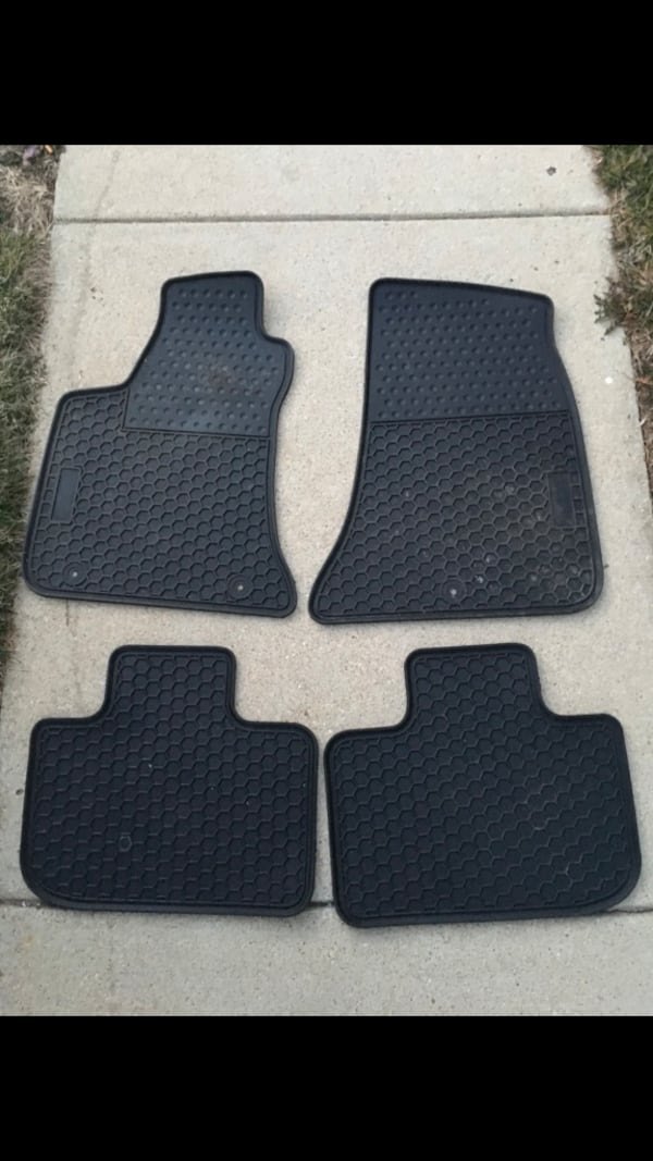 Used Chrysler 300 Oem All Weather Floor Mats Will Fit 2011 To