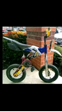 Blue and White X Games dirt bicycle Jacksonville, 72076
