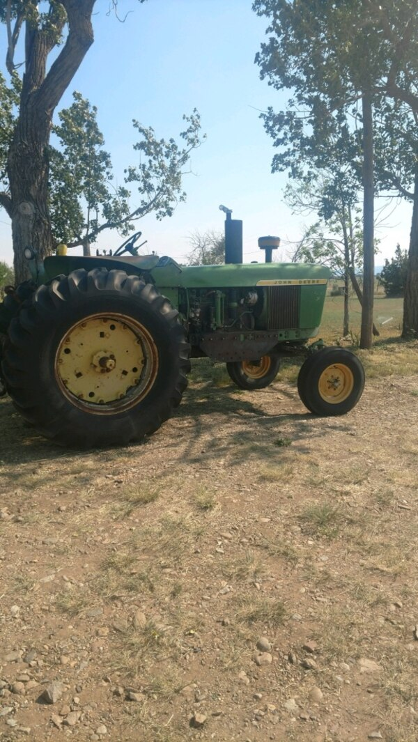 1966 John Deere 4020 power shift good tires new seat new muffler come with  front 8 foot Waldon dozer blade $8500