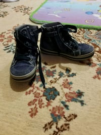 $20 Boy Geox shoes size 11 Mississauga, L5W 1A5