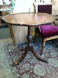 Mahogany Pie Crust Table Odenton, 21113