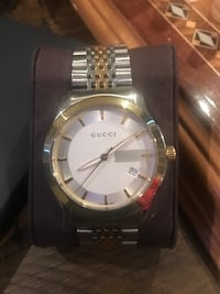 Gucci watch with box Toronto, M1P