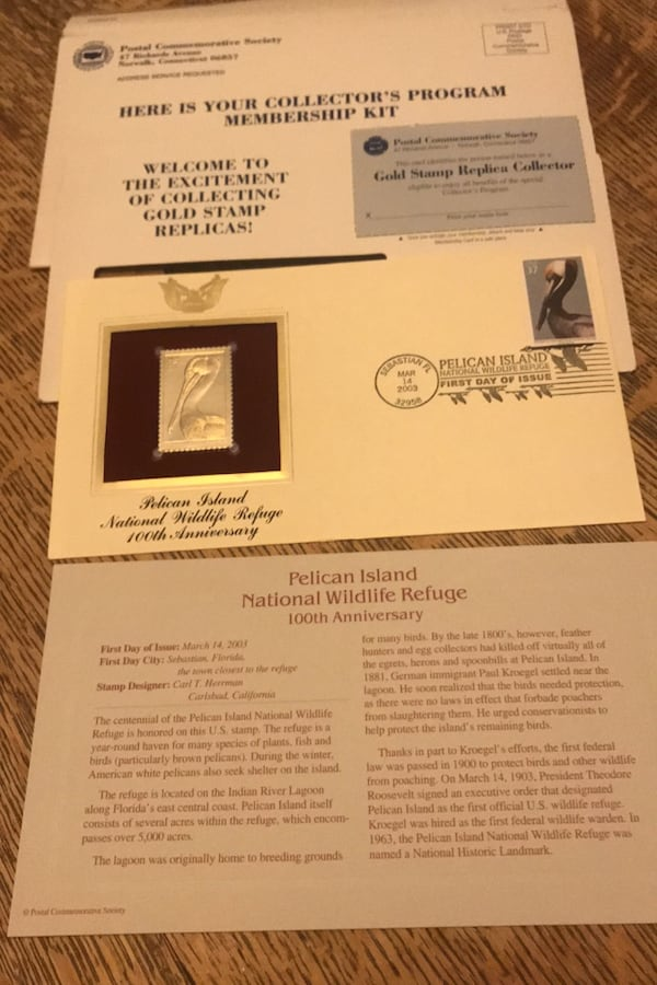 Golden Replicas of United States Stamps.    Two books + 1 Replica fc209049-b139-4107-afb5-23192b7bdda4