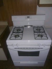 Stove/(Must pick up)