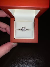 Pandora Square Spark Halo Ring sterling silver ring Size 5 Surrey, V3R 8W9