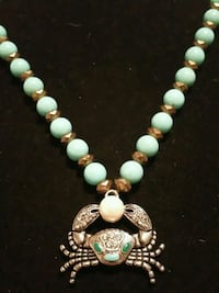 beaded white and green necklace Fresno, 93727