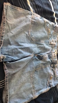 jean shorts ladies size 16 Muscatine, 52761