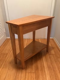 Recliner wedge end table Arlington, 22201