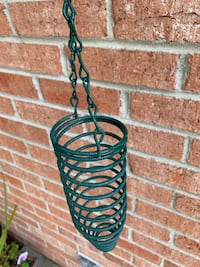 Squirrel Feeder with Hook Southfield