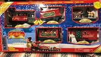 Radio controlled train set for under Christmas tree Wyoming, 49509