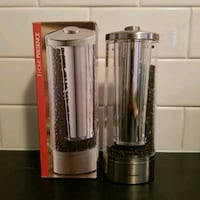 Pepper mill electric grinder Toronto, M8Z