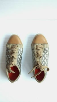 l@@K Tory Burch Quilted Caspe Platinum Sneakers Casual Lace Up Shoes Women's 8.5 M Edmonton