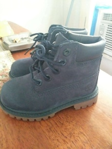 toddler's dark blue leather boots