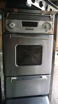 Vintage 1950s oven and stove