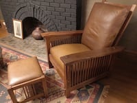 Solid oak Mission style recliner chair and ottoman upholstered in brown leather  Toronto, M6S 3X7