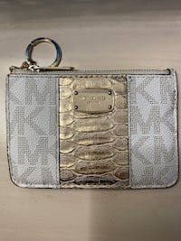 Michael Kors wallet Oxon Hill, 20745